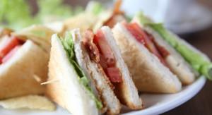 Servicii catering corporate - sandwichuri proaspete