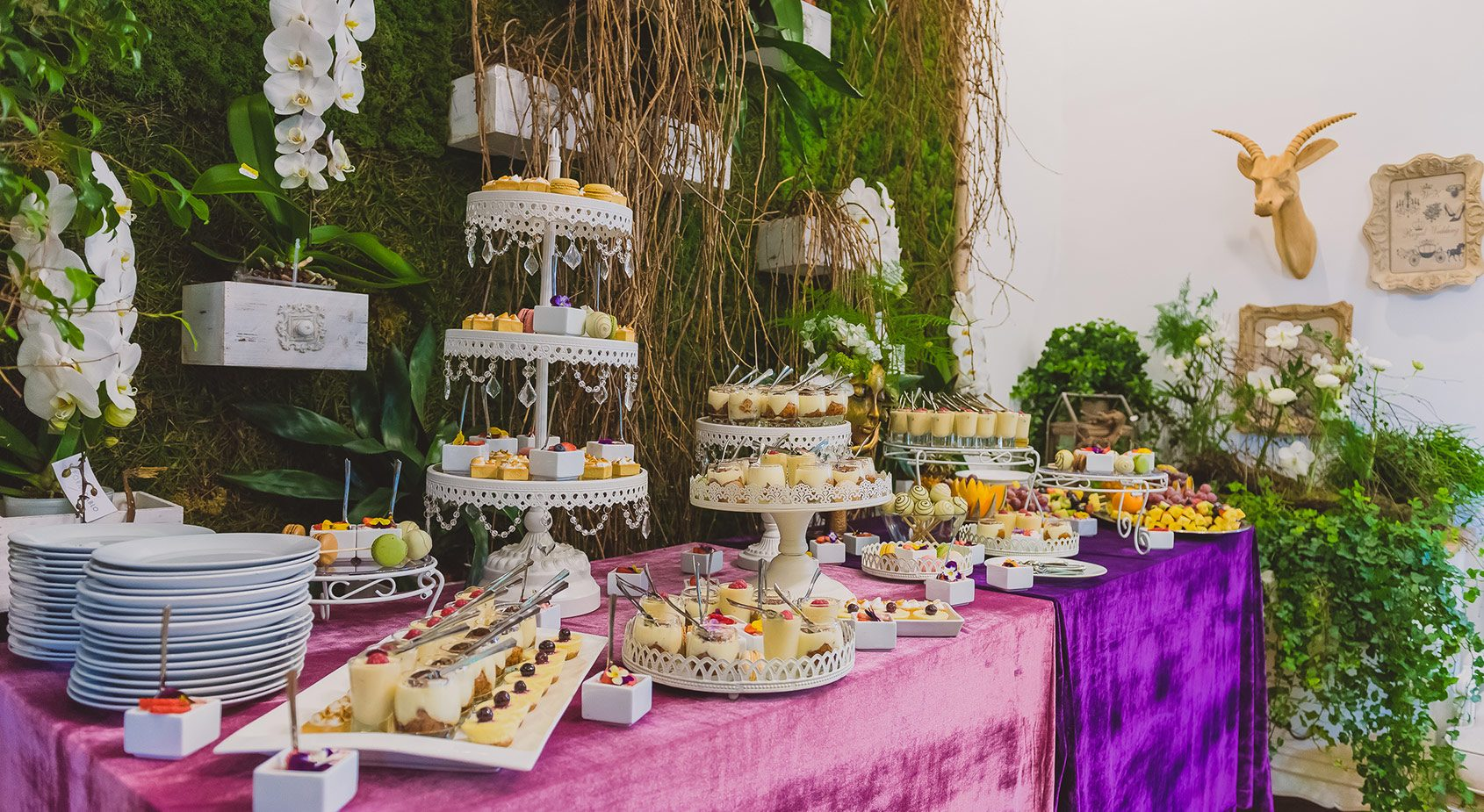 Candy Bar Royal Catering. Firma catering Bucuresti