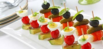 servicii de catering eveniment